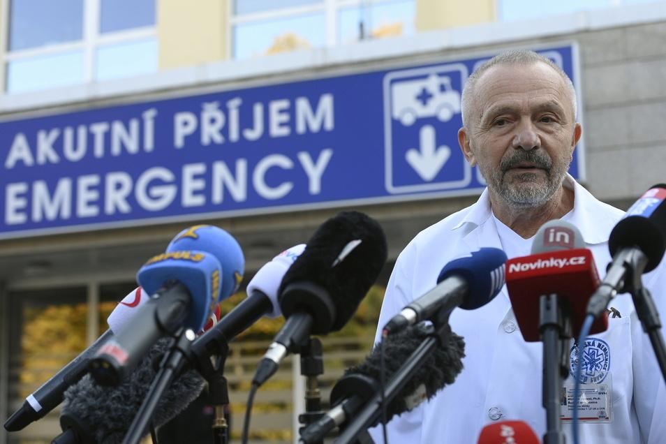Miroslav Zavoral, der behandelnde Arzt von Zeman, Präsident von Tschechien, äußert sich über den Gesundheitszustand des Staatsoberhauptes.