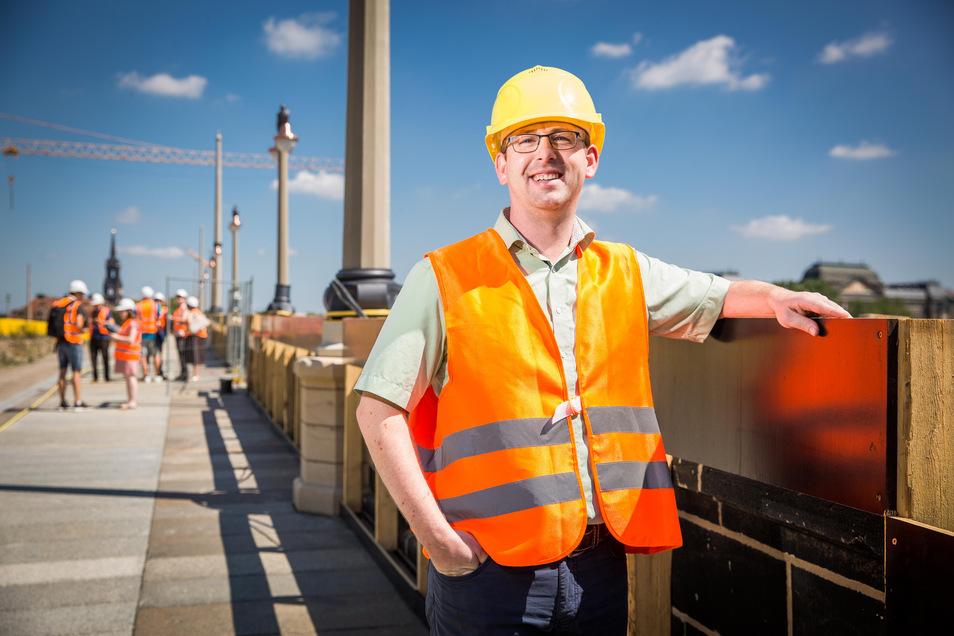 Andreas Gruner ist städtischer Brücken-Abteilungsleiter. Die Arbeiten auf der Augustusbrücke verlaufen nicht nach Plan.