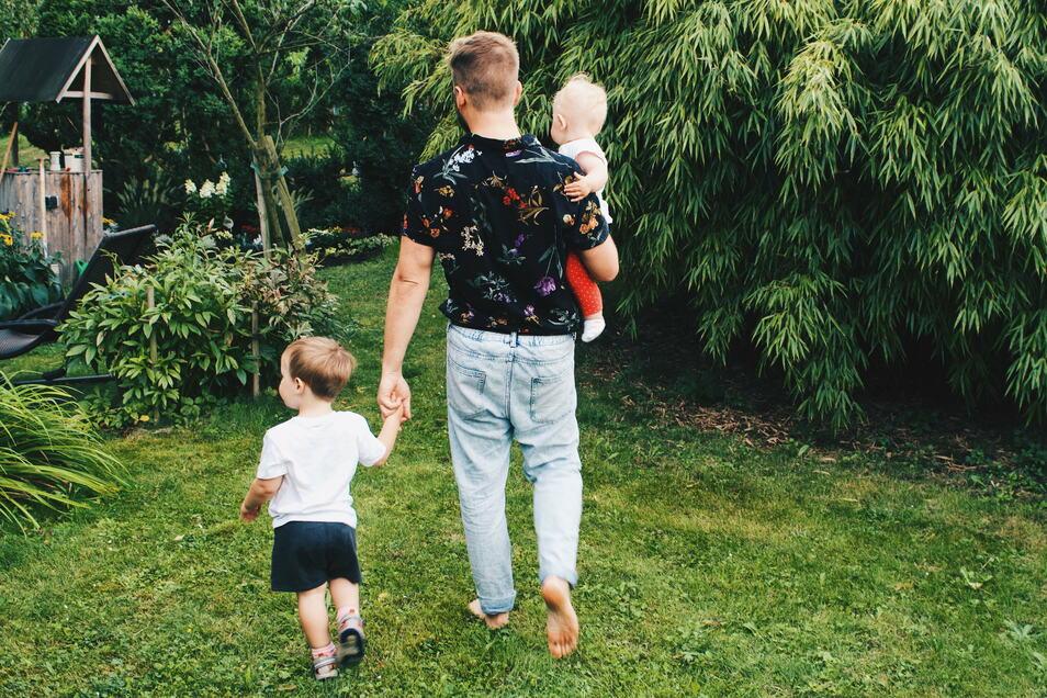Karl hat einen Sohn und Tochter, die er liebt, auch wenn sie im Alltag nicht gemeinsam leben.