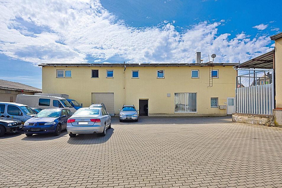 Wohn- und Geschäftshaus in Dresden Stadtteil Weixdorf / Mindestgebot 349.000 Euro