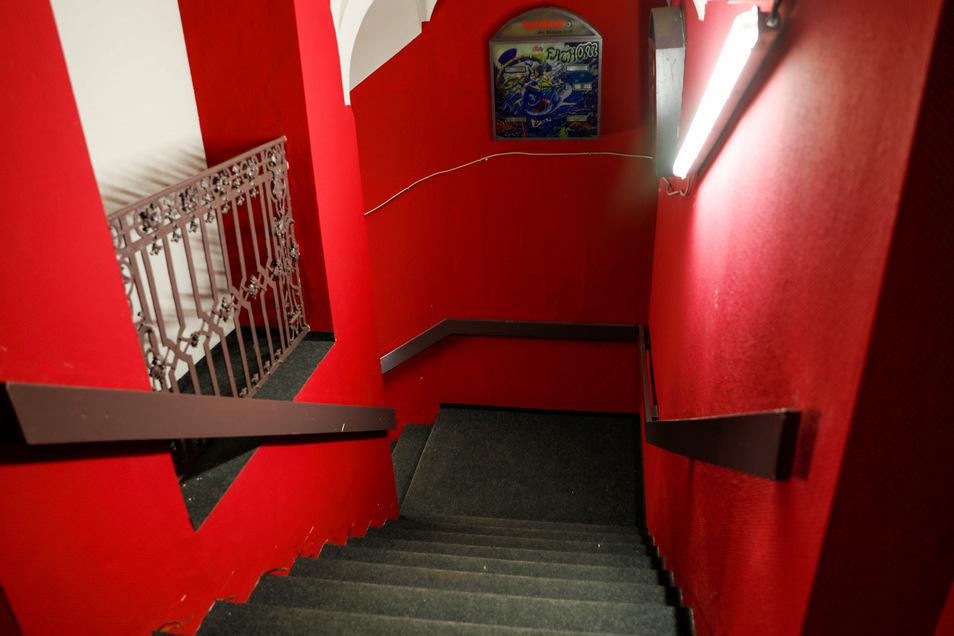 Der Aufgang zur ehemaligen Spielhalle soll künftig der Hauptzugang zum Hotel sein.