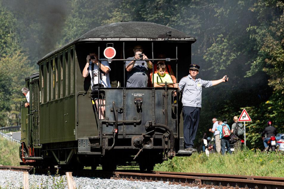 Freie Fahrt. Bald geht es mit dem Zug nach Unterehrenberg. Erst kürzlich wurde ein neuer Streckenabschnitt eingeweiht.