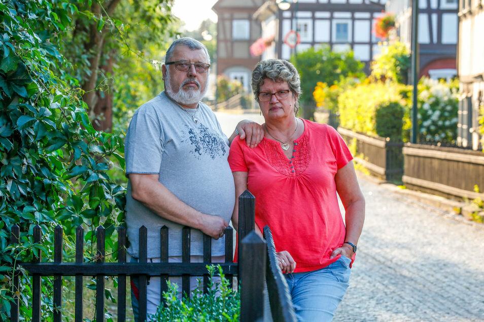 Birgit und Gunter Kunath aus Großschönau haben beide bei der Zittauer Fruchtveredlung gearbeitet. Jetzt sind sie arbeitslos.
