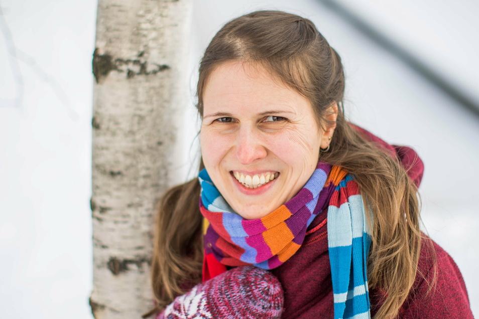 Die Kuschel-Expertin Dorothea Ristau glaubt, dass die Menschen unter den fehlenden Berührungen in der Krise leiden.