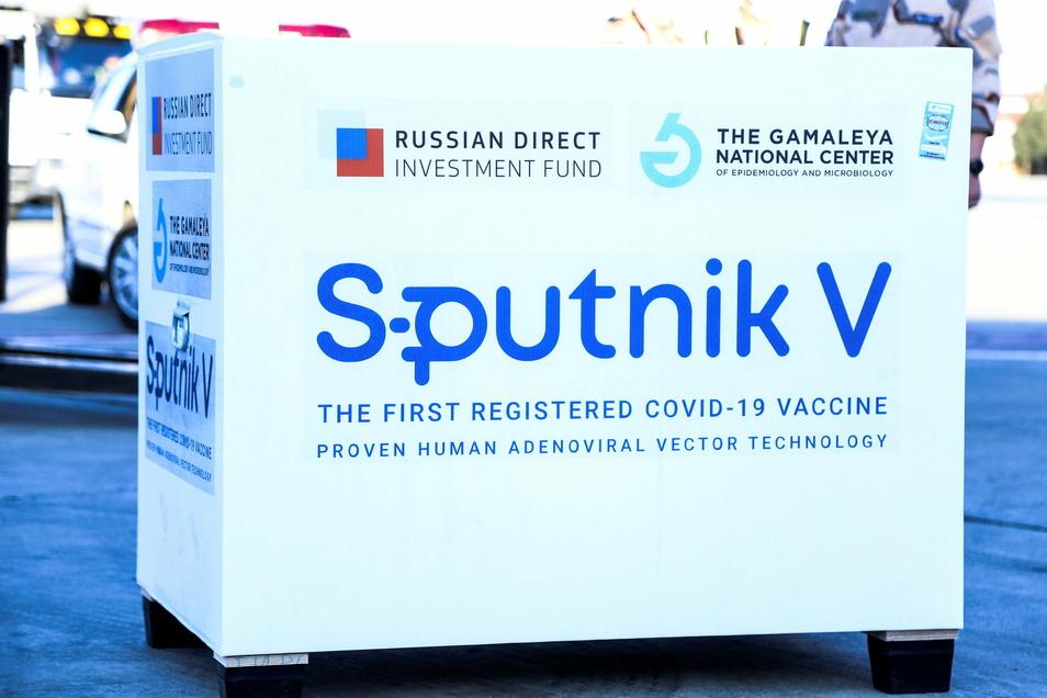 """""""Sputnik V"""" wird mittlerweile in viele Länder exportiert, etwa in den Iran (Foto) oder auch das EU-Land Ungarn."""