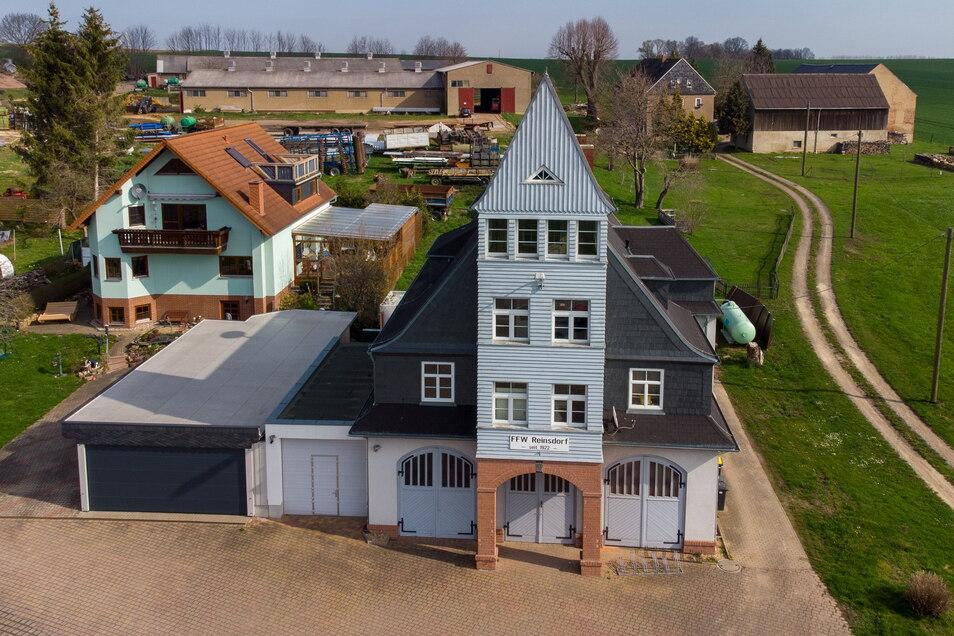 Über Bauverzug und Mängel beim Umbau des Dorfgemeinschaftshauses in Reisndorf hatte es zuletzt immer wieder Diskussionen gegeben.
