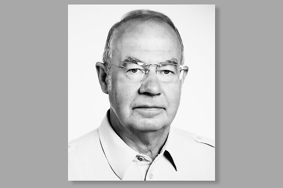 Werner Richter führte die Zinzendorf-Apotheke in Niesky von 1964 bis 2010. Mit 83 Jahren ist der Pharmazierat am 25. Mai 2021 in Radebeul verstorben.