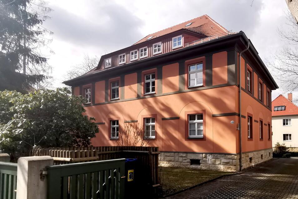 Mehr als 50 Dresdner Altbauten hat der Investor nach eigenen Angaben saniert, darunter zwei denkmalgeschützte Wohnhäuser in der Kieler Straße in Klotzsche.