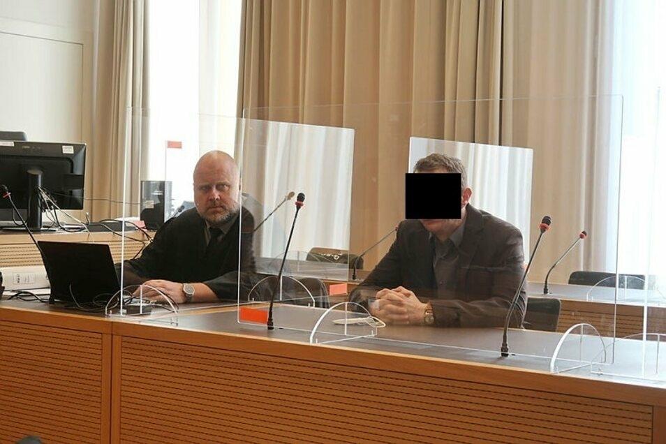 Geständnis am dritten Verhandlungstag. Sebastian T. (r.), hier mit seinem Verteidiger Ulf Weinhold, droht eine langjährige Freiheitsstrafe.