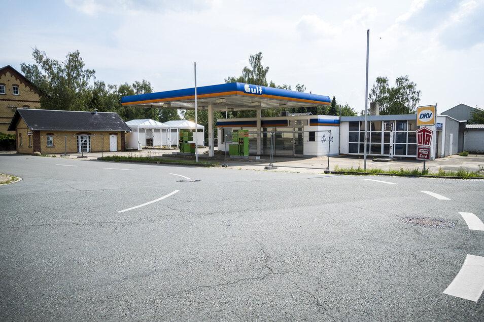So sieht die Tankstelle derzeit aus.