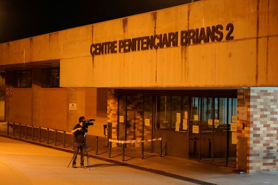 Blick auf den Eingang des Strafvollzugszentrums Brians 2 in Sant Esteve Sesrovires unweit von Barcelona. Hier saß John McAfee ein.