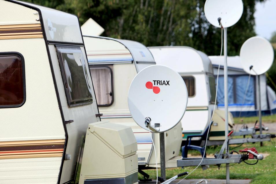 Stellplätze für Wohnmobile sind rar. Ein Großerkmannsdorfer Landwirt hatte vergangenes Jahr etliche Camper auf seinen Wiesen. Die Urlauber waren begeistert.