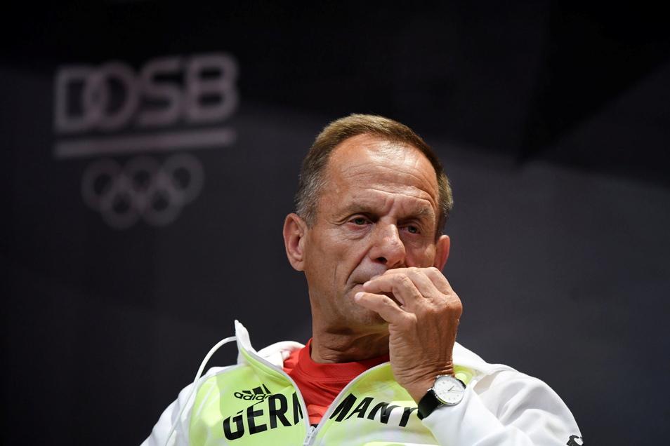 Alfons Hörmann, Präsident des Deutschen Olympischen Sportbundes (DOSB), will wegen wachsender Kritik bei den vorgezogenen Neuwahlen nicht mehr antreten.