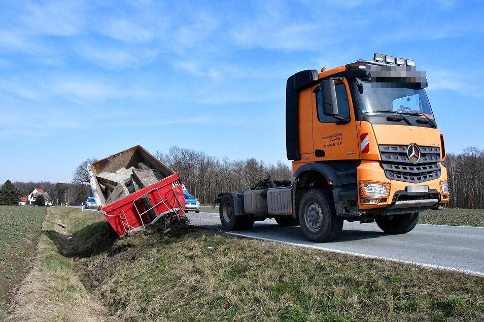Auf einer Geraden kurz hinter Ostritz passierte der Unfall.