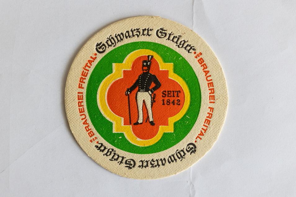 Runde Sache: Zum neuen Bier gab es auch passende Untersetzer. Die Optik ehrt die Kohlebergleute des Döhlener Beckens.