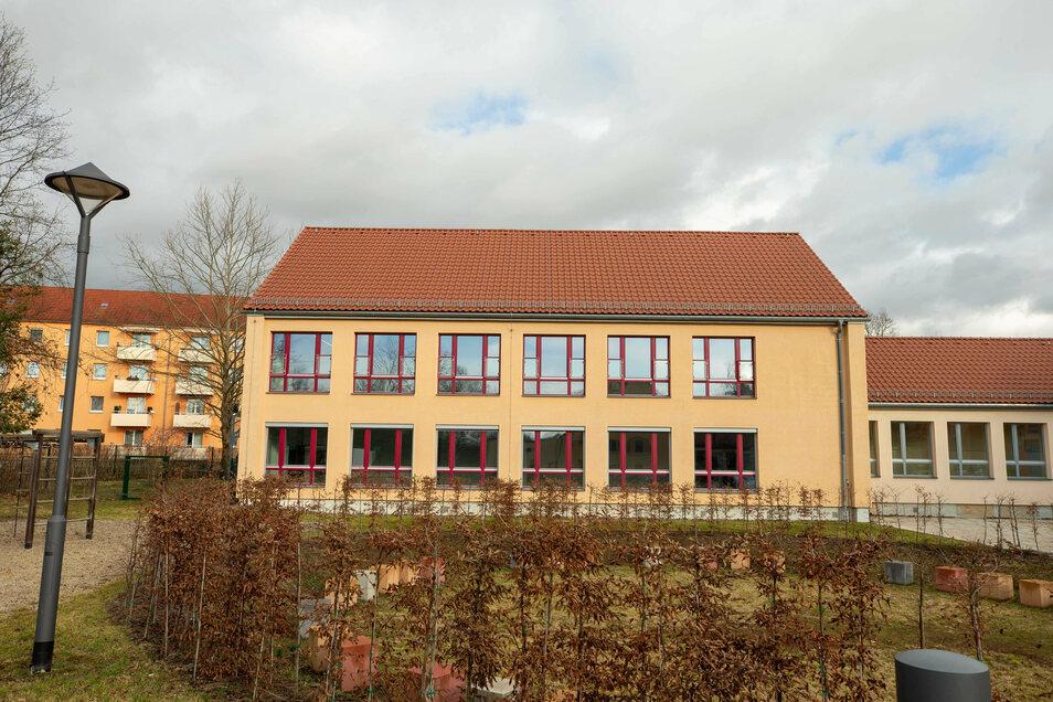 Ostflügel der Diesterweg-Grundschule: Domizil für einen neuen Hort.