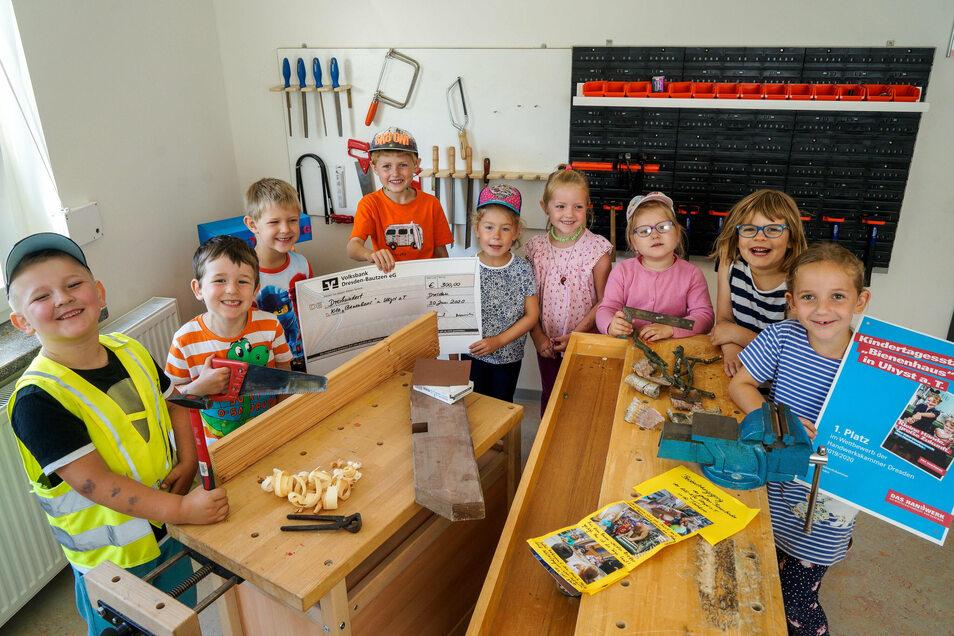 """Bereits im Sommer hatten die Kinder aus Uhyst im Bezirk der Handwerkskammer Dresden beim Wettbewerb """"Kleine Hände, große Zukunft"""" gewonnen. Jetzt wurden sie auch sächsischer Landessieger."""