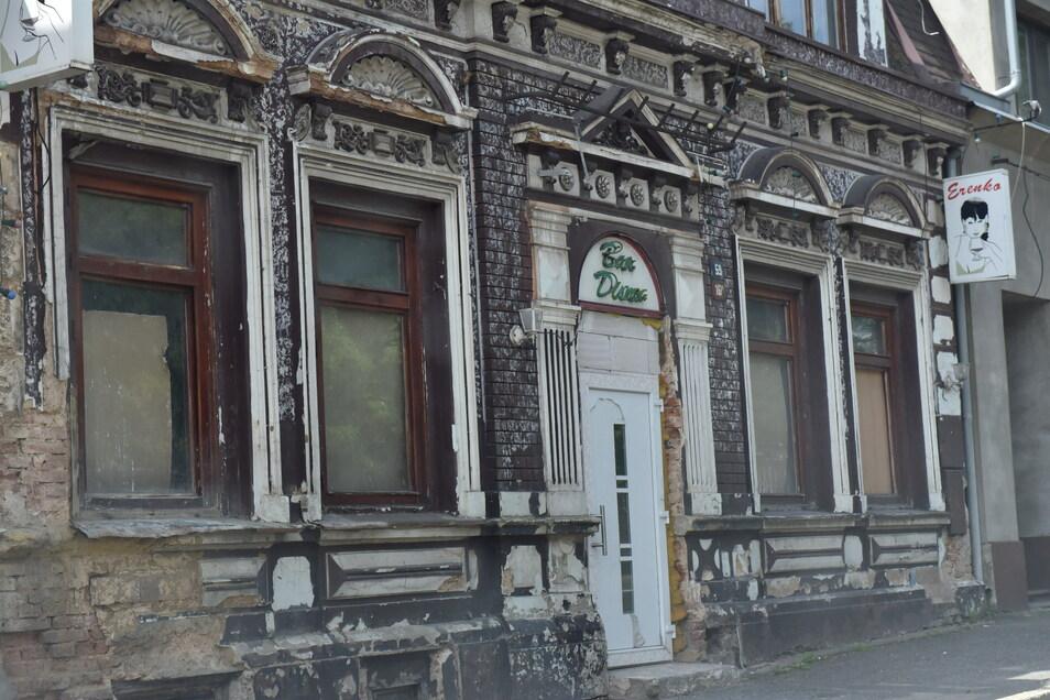 Die einstigen Erotikbars an der Ruská stehen leer, die Häuser verfallen.