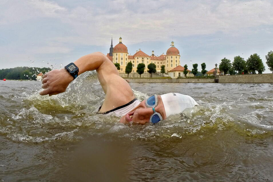 Das Schwimmen in den Moritzburger Schlossteichen als erste Triathlon-Disziplin - auch das ist 2021 nicht möglich.