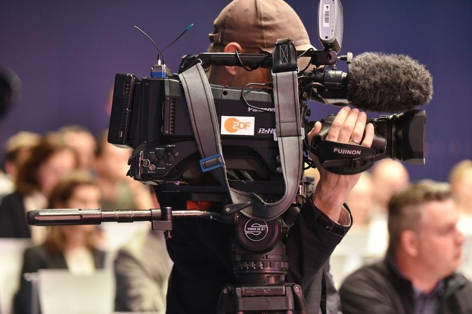Der Bürgerdialog wurde live ins Internet übertragen und in Ausschnitten heute früh im Morgenmagazin gezeigt. Foto: Matthias Weber