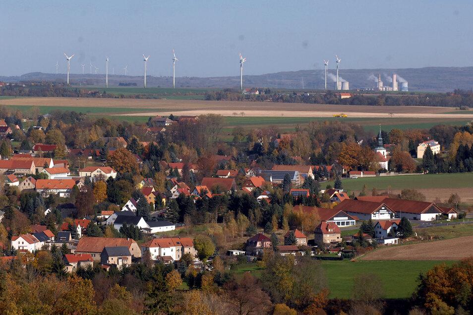 Mittelherwigsdorf vom Scheibe-Berg aus.