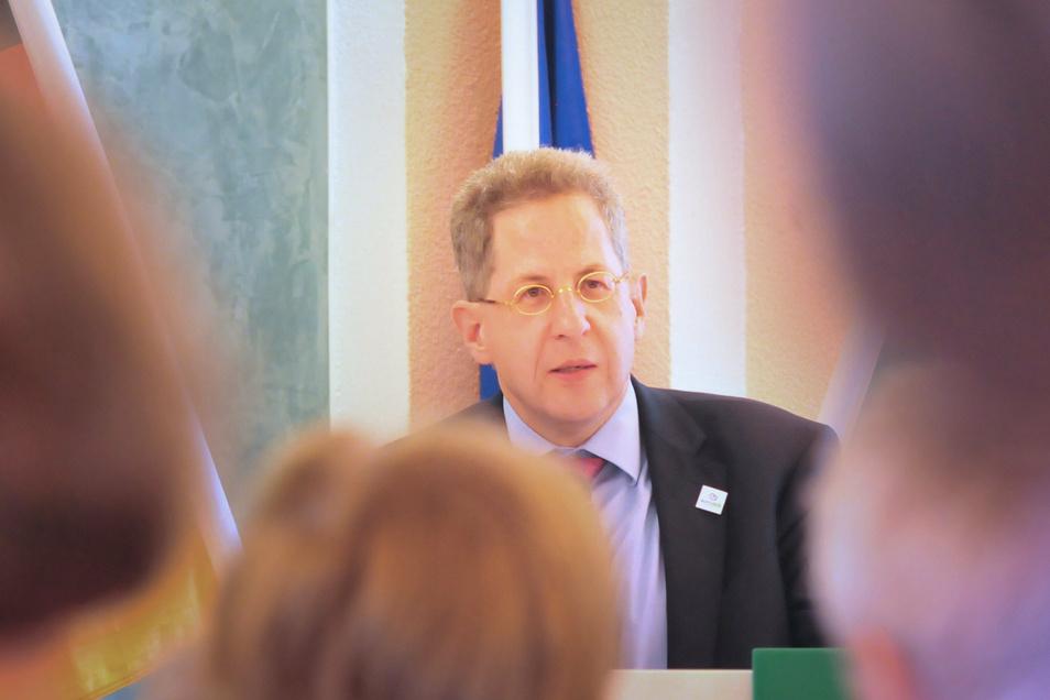 Findet viele Fans in der Meißner Region: Hans-Georg Maaßen von der konservativen Werteunion der CDU. Jetzt will er mit der Jungen Union in Radebeul über Medien sprechen.