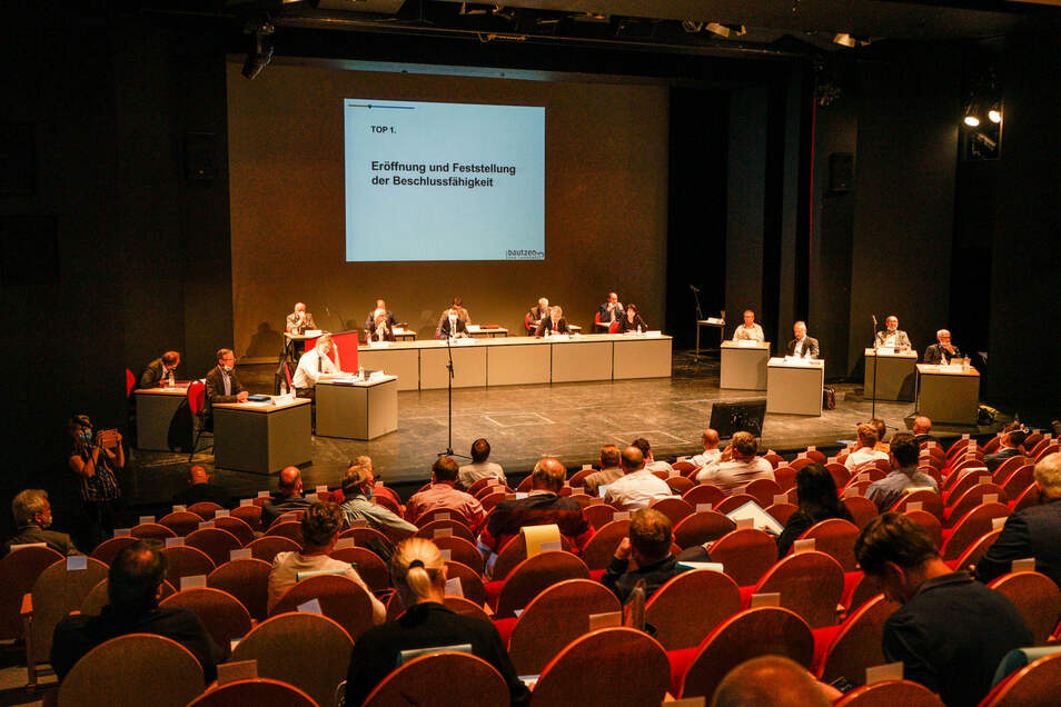 Seit dem Frühjahr tagt der Kreistag Bautzen im Deutsch-Sorbischen Volkstheater statt im Landratsamt - und das wird auch am Montag wieder so sein.