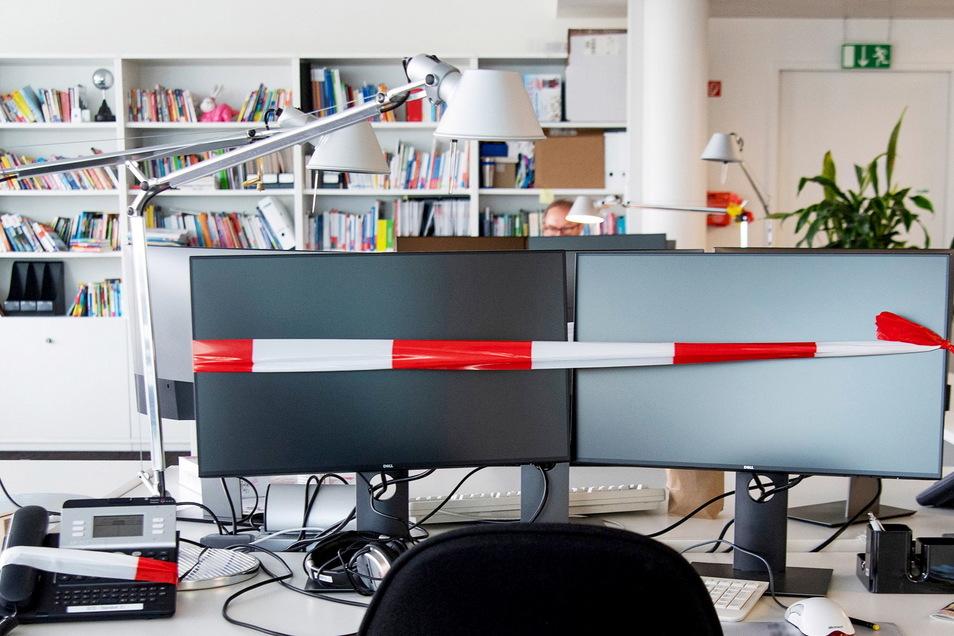Sperrzone: Viele Arbeitsplätze in den Büros sind noch immer verwaist.