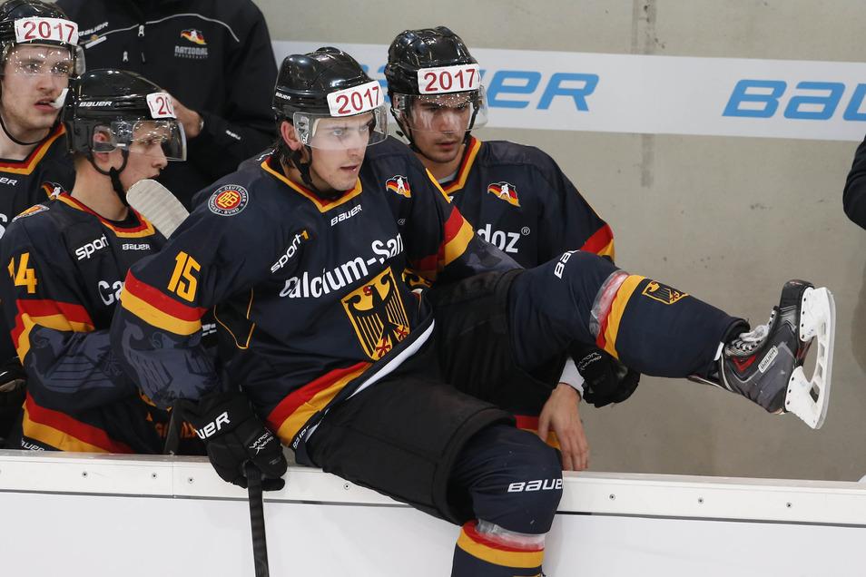 Toni Ritter hat 2014 mit Deutschland in Weißwasser gegen Frankreich gespielt und macht das in der neuen Eishockey-Saison bei den Dresdner Eislöwen.