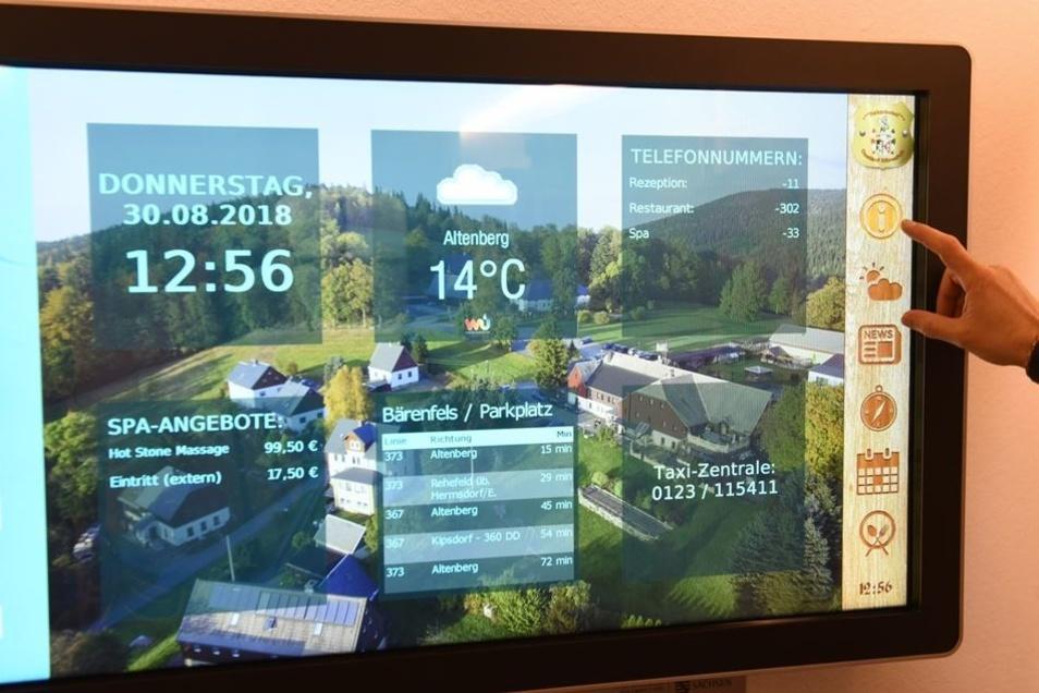 Eine interaktive Tafel am Eingang gibt dem Touristen im Gasthof Bärenfels Informationen zu den Angeboten der Region sowie des Gasthofs, zum Wetter oder zu Busfahrplänen.