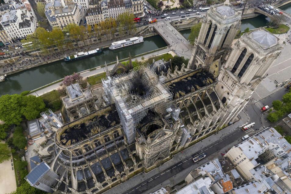 Notre-Dame wenige Tage nach dem Brand im vergangenen Jahr.