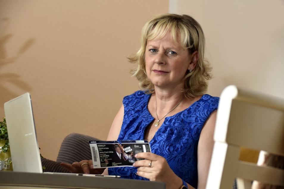 Christine Heike Vogel ärgert sich am meisten über ihre eigene Dummheit. Ein gültiges Ticket für die Kaisermania 2019 hat sie am Ende am doch noch bekommen.