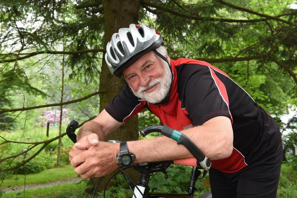 Jörg Schubert ist der Vereinsvorsitzende der Sportgemeinschaft Schellerhau. Der Verein organisiert auch eine beliebte Radtour im Frühjahr - doch die Planungsunsicherheit lässt auch dafür keine Prognose zu.