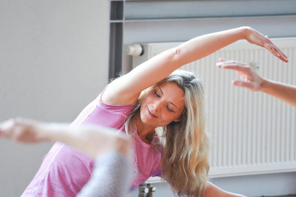 Naam Yoga fördert die mentale, psychische und physische Gesundheit und Beweglichkeit.