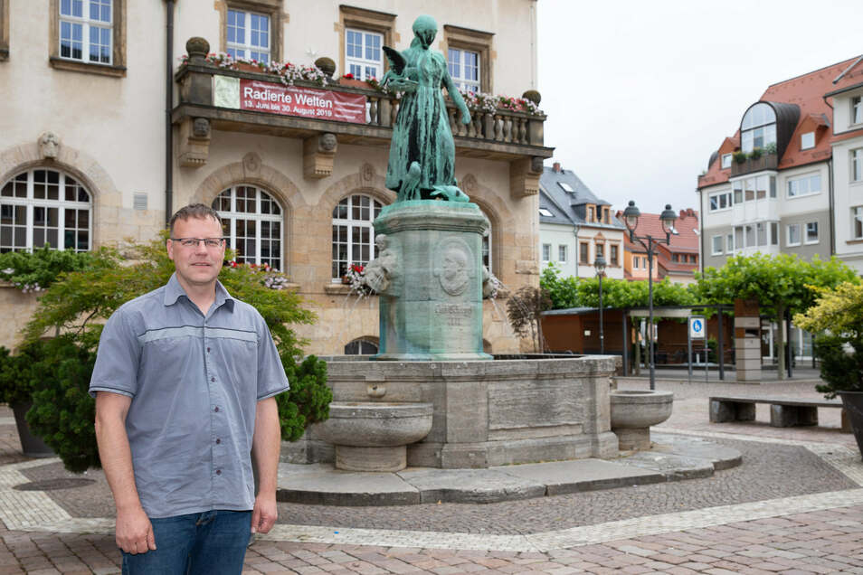 Der 47-jährige Polizeiobermeister Lars Kuppi will für die AfD im Wahlkreis Döbeln das Direktmandat holen. Dafür würde der jetzige Chemnitzer auch wieder in seine Heimatstadt zurückkommen, kündigt er an.