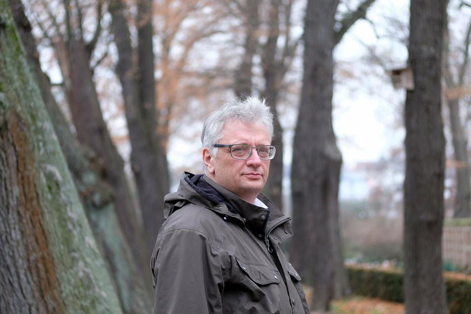 Angesichts steigender Zahlen von Corona-Toten steht die Branche von Krematoriumschef Jörg Schaldach in Meißen derzeit unter besonderer Beobachtung.