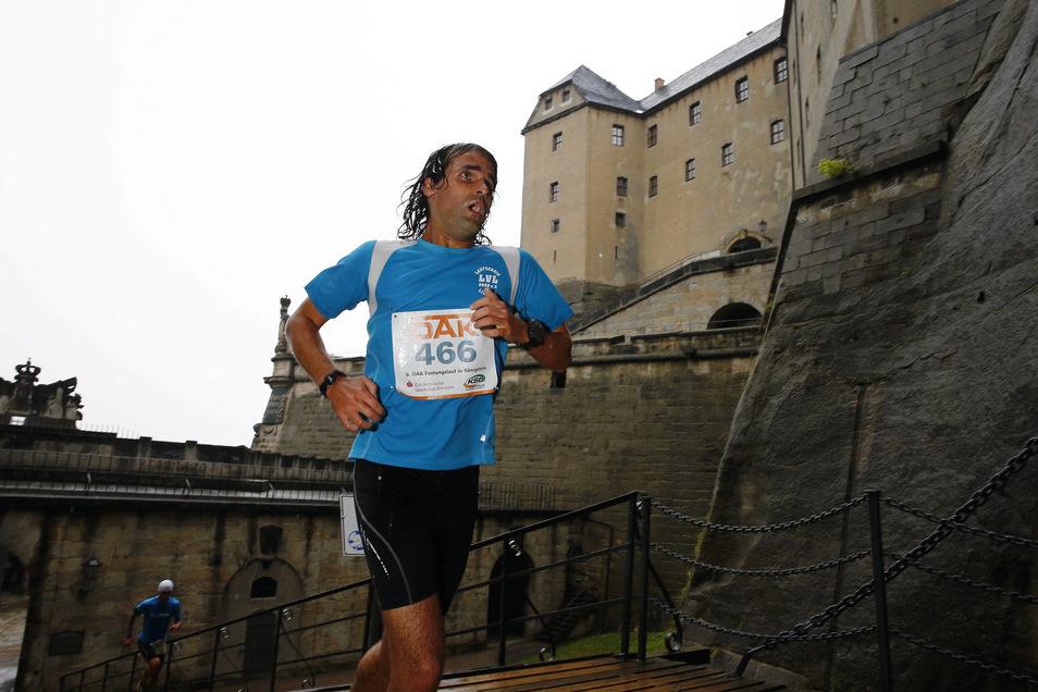 Der Lauf vor der Kulisse der Festung Königstein zieht jedes Jahr Hunderte Sportler an.