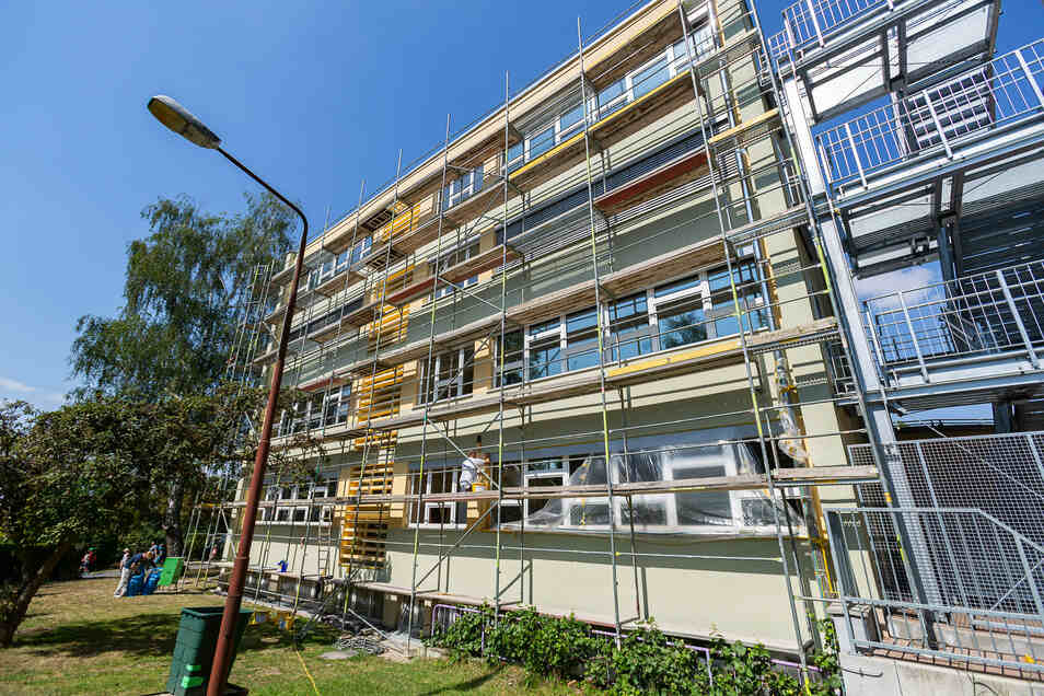 Grundschule Graupa: Die Fassade wird erneuert.