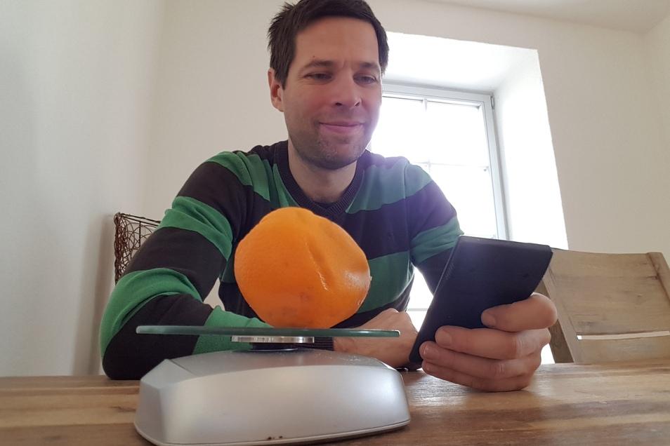 Jetzt wird abgerechnet: Die Apfelsinen wiegen am Ende schwer.