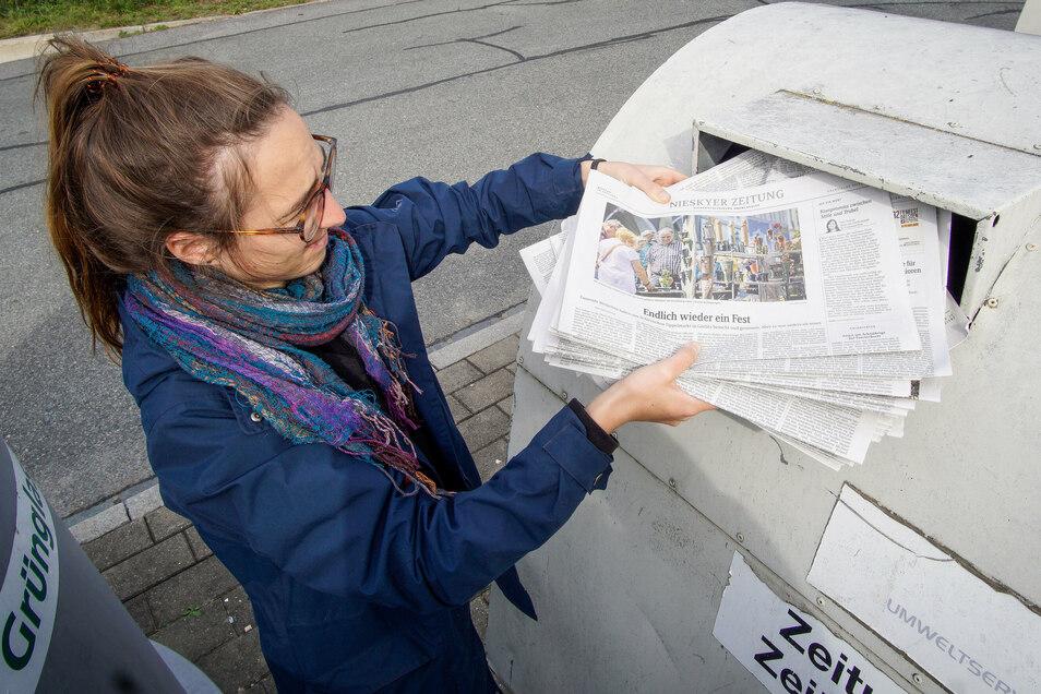 Von diesen Altpapiercontainern stehen etwa 650 im Landkreis Bautzen. Hier gibt es nichts für die Entsorgung - im Gegensatz zu den Annahmestellen. Aber der Preis für Altpapier befindet sich im Sinkflug.