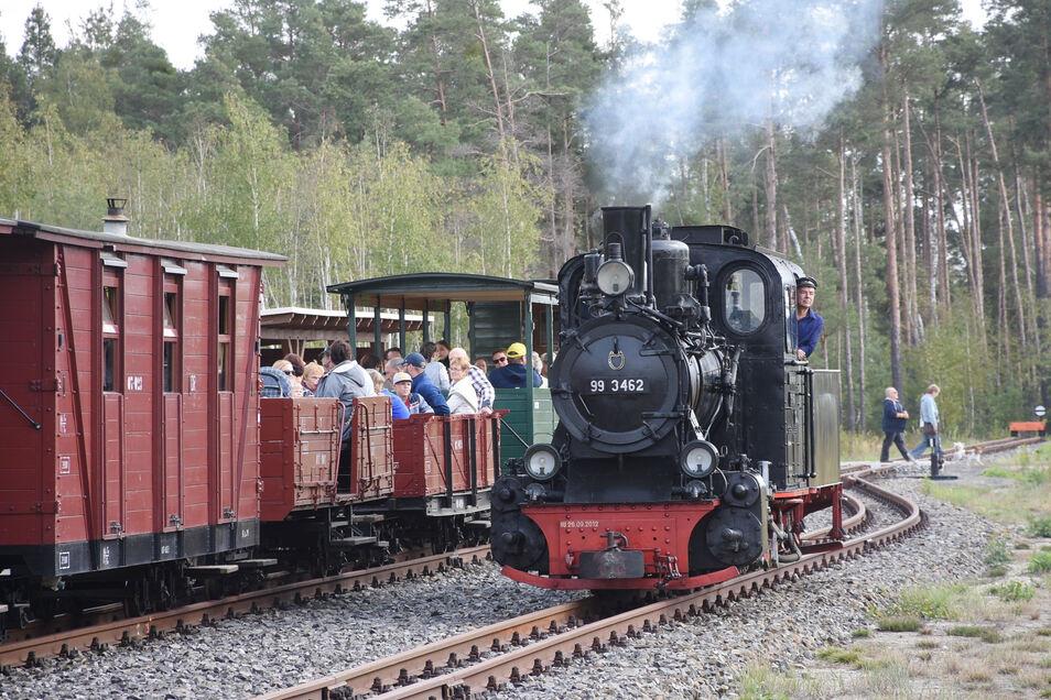 Das Angebot der Waldeisenbahn Muskau für Fahrten der Tonbahn hat jetzt den Tourismuspreis des Landkreises gewonnen.