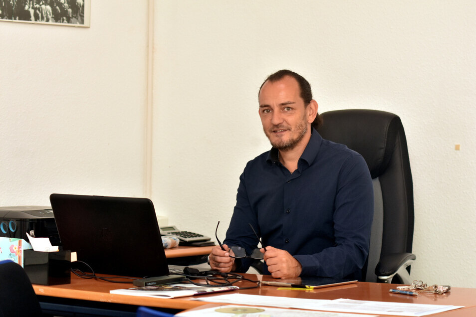 Marco Gbureck war schon Bäcker, Orthopädietechniker, Unternehmer. Jetzt vermietet er eigene Immobilien. Die Aufnahme entstand im AfD-Büro in der Altstadt.