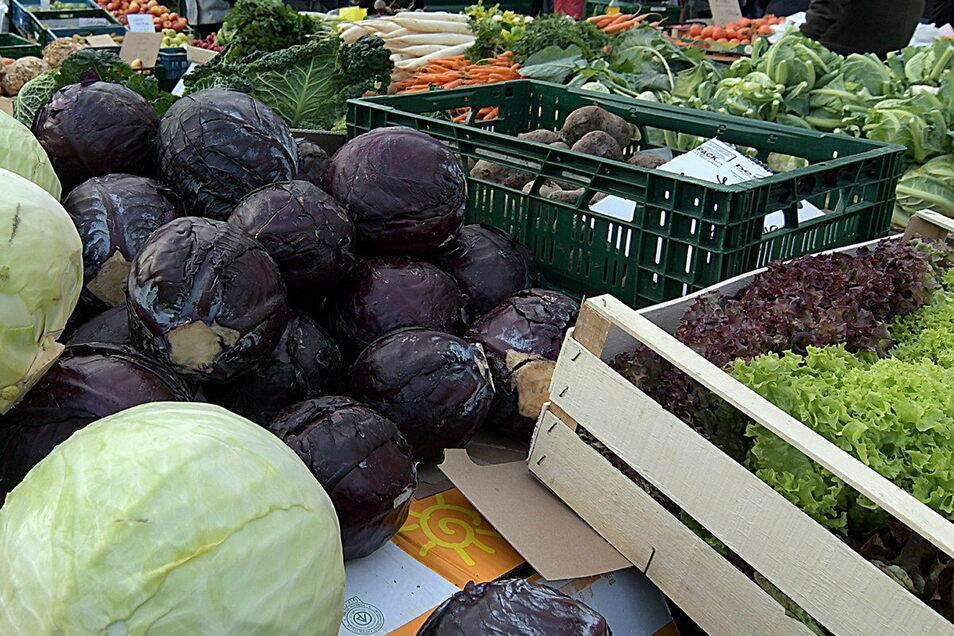 Frische Lebensmittel sollen sich die Roßweiner auch weiterhin auf dem Wochenmarkt besorgen können. Eine Ausnahme gibt es und auch Einschränkungen.
