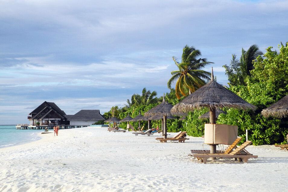 Puderweiße Strände: Reiseveranstalter Tui will Urlauber in diesem Winter wieder auf die Malediven bringen.