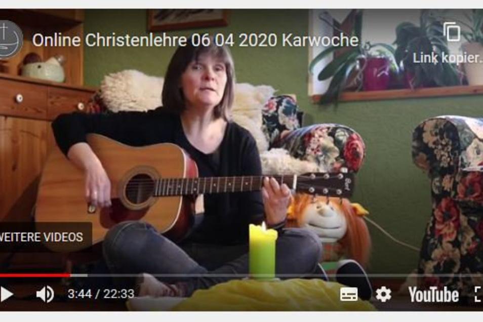 Gemeindepädagogin Angelika Schaffrin von der Marienkirchgemeinde Striegistal gibt ihre Christenlehre-Stunden jetzt online.