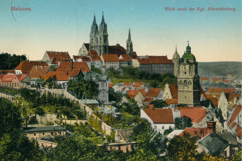Diese farbige Postkarte von 1910 zählt eher zu den Ausnahmen. In aller Regel waren die Karten Schwarzweiß, es gibt aber auch von Hand oder maschinell kolorierte.