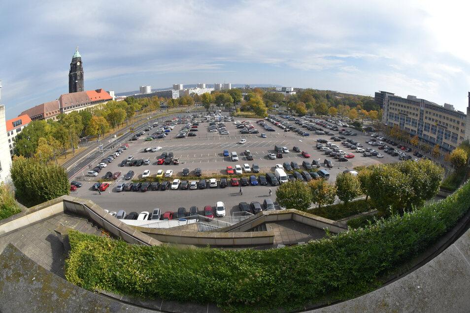 Auf dem Ferdinandplatz werden für Anwohner Parkflächen geschaffen.