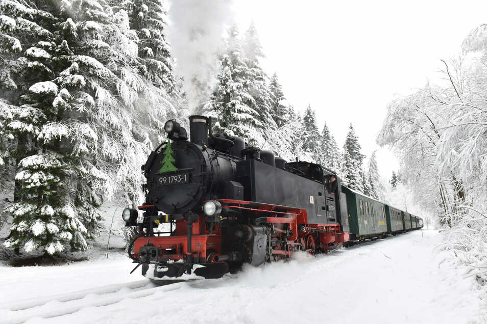 """Ein bisschen Schnee für die Atmosphäre: Darauf hoffen die Macher von """"Bimmelbahn und Lichterglanz""""."""