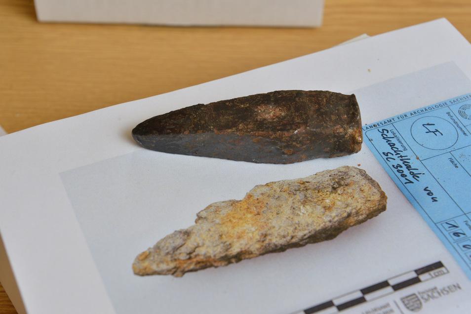 Bei der Erkundung waren auch Archäologen beteiligt. Sie fanden dort seltene Reste des Altbergbaus wie diese Bergeisen.