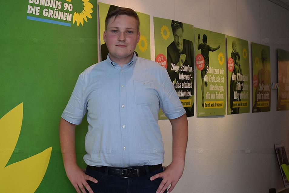 Lukas Mosler ist seit 2018 Mitglied bei Bündnis 90/ Die Grünen und jetzt Direktkandidat.